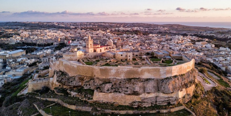Book a panoramic villa on the charming island of Gozo